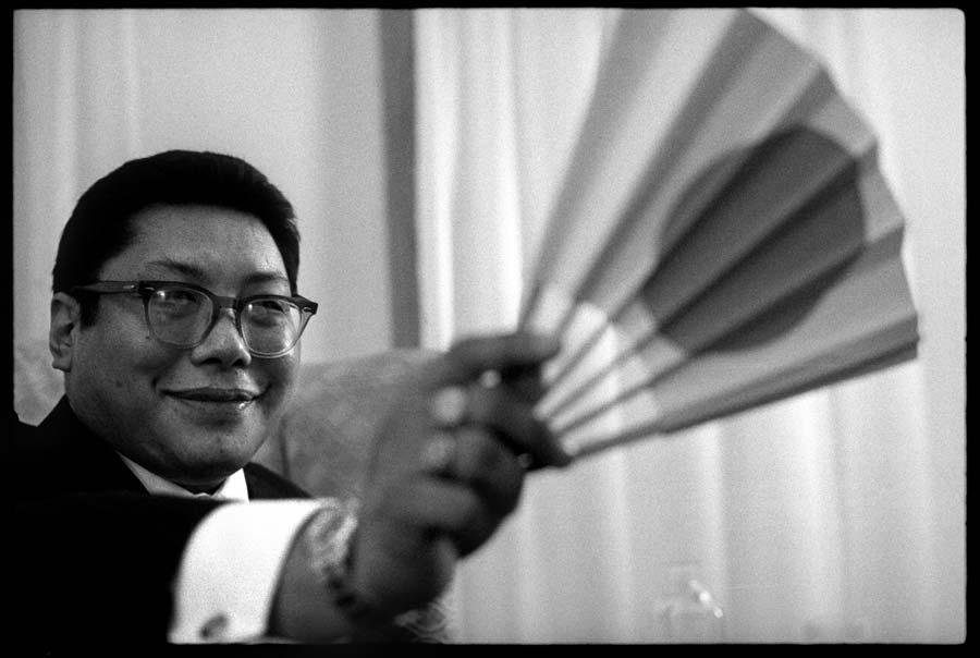 Apenas sentando | Chögyam Trungpa Rinpoche