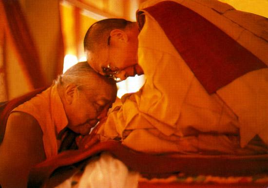 O Buda defendeu a ideia de guru?